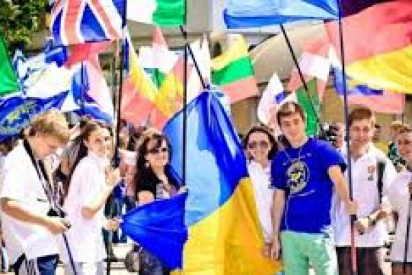 Майже пів сотні іноземців займають керівні посади на Тернопільщині