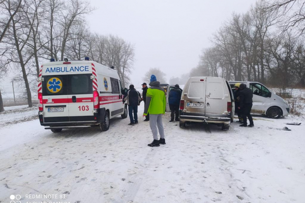На Тернопільщині ДТП: травмувалося семеро людей