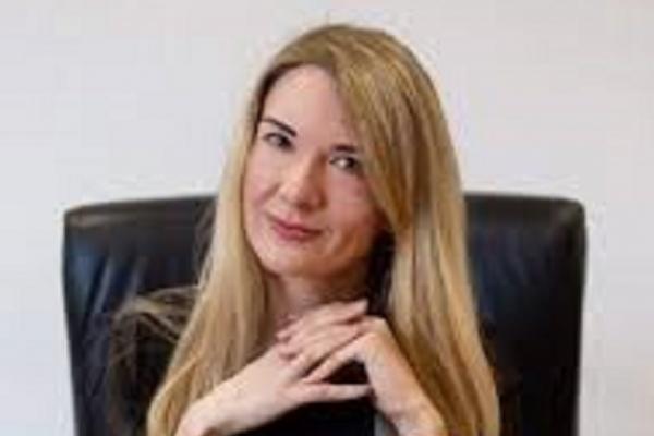Київська журналістка і письменниця Оксана Щирба у новій книзі згадує про рідне місто Кременець