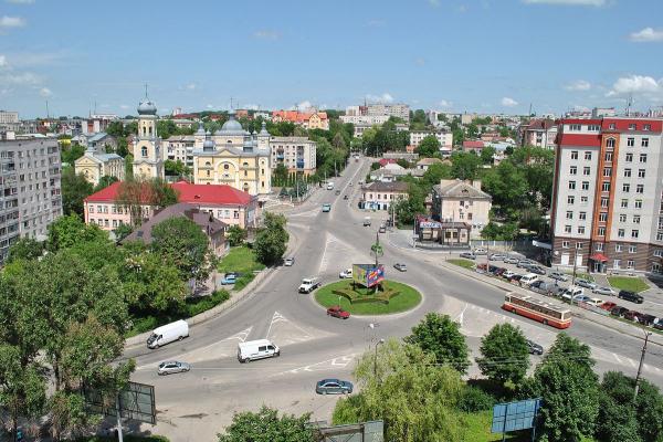 Змінити руху транспорту на перехресті вулиць Живова, Микулинецька, Острозького - просять тернополяни