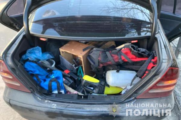Розбій, грабіж та викрадення людини: на Тернопільщині затримали зловмисників