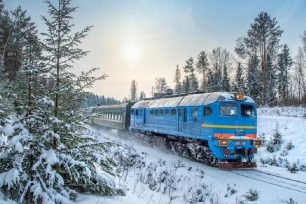 Тернопільщина: через негоду затримується рух поїздів