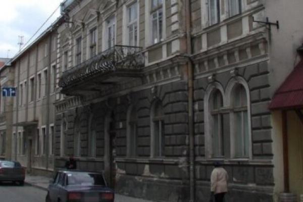 Колишню залізничну лікарню У Тернополі намагались приватизувати за ціною у 7 разів заниженою