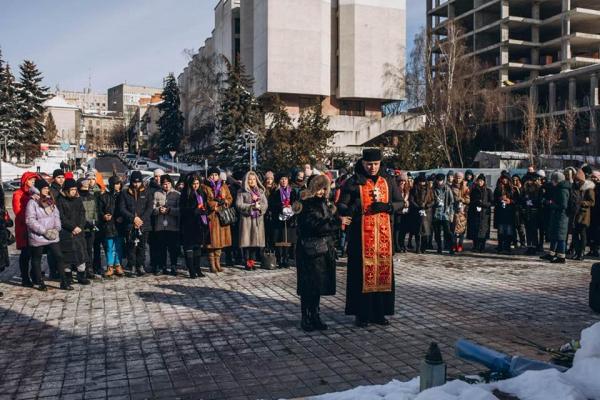У Тернополі вшанували Небесну Сотню акцією «Ангели пам'яті»