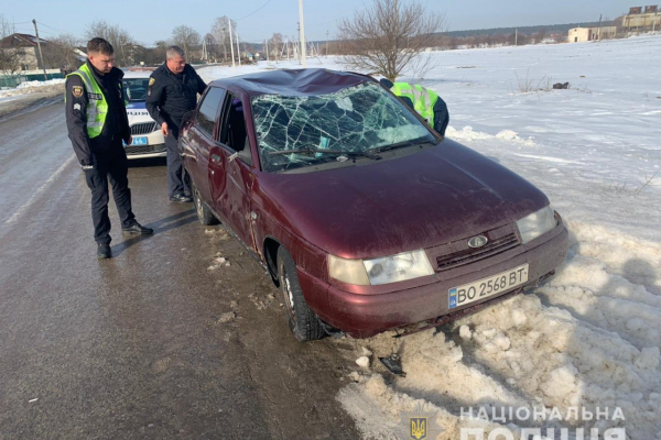Тернопільщина: на краденому авто 21-річна жінка потрапила в автопригоду