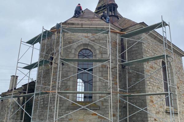На Тернопільщині відновлюють старовинний костел