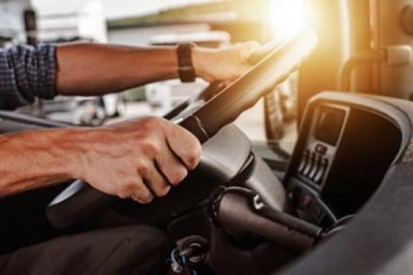 На Тернопільщині є робота для водіїв різних автотранспортних засобів