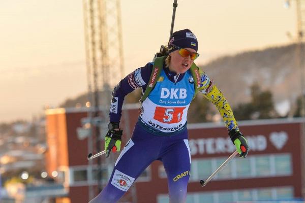 «Тварь ти бл*ть!»: біатлоністку з Тернополя зацькували після скандальної гонки