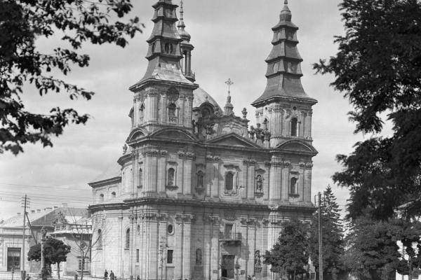 Тернопільська Катедра на фото 1925 року