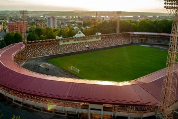 Київське Динамо відправило до Тернополя свого агронома, щоб підготував поле стадіону до матчу