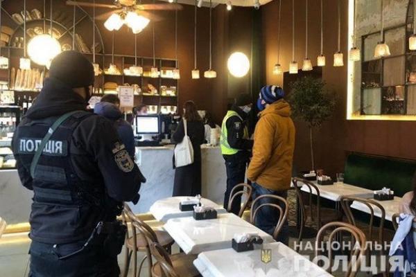 Порушив правила карантину: тернопільський ресторатор виграв справу у суді