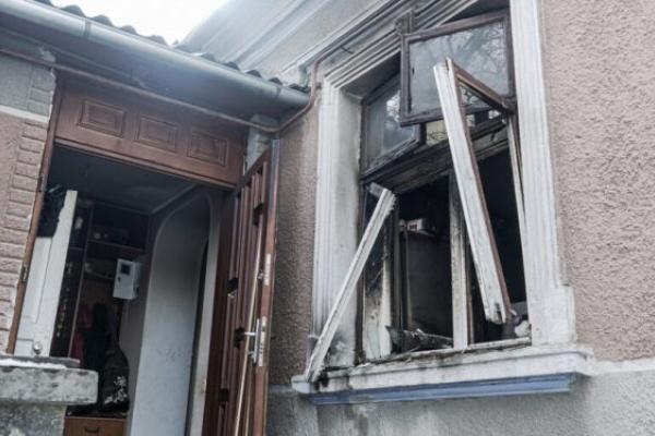 Двоє людей у реанімації: В одному із приватних будинків Тернополя стався вибух