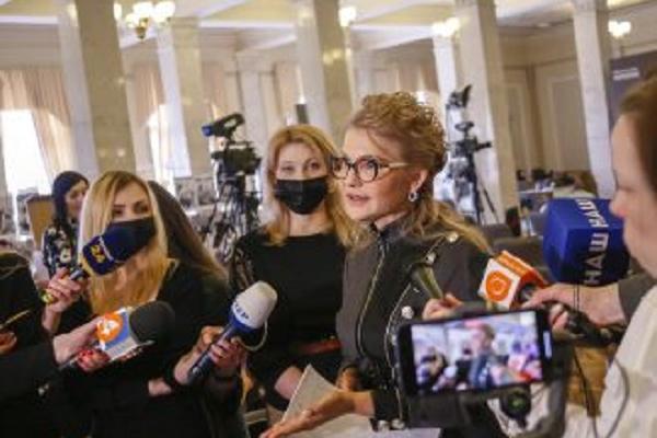 Тимошенко на чолі уряду впорається з кризою і поверне довіру українців до влади, – експертка