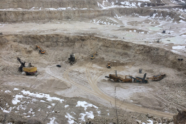 Уряд включив до приватизації кар'єр на Тернопільщині