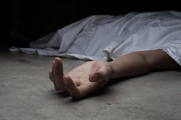 Мешканка Тернопільщини знайшла біля свого будинку тіло чоловіка