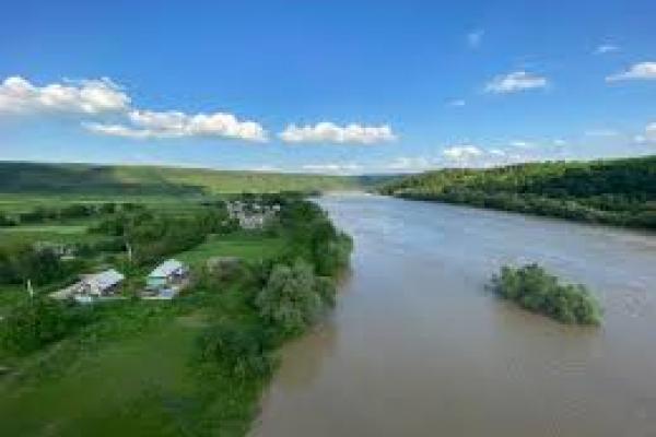 Через небезпеку повторення повеней: на Тернопільщині збудують водозахисну дамбу