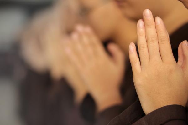 Тернополян запрошують долучитися до всеукраїнської молитви за померлих від COVID-19