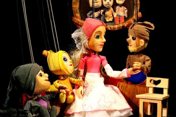 Тернопільський ляльковий театр скасував усі вистави