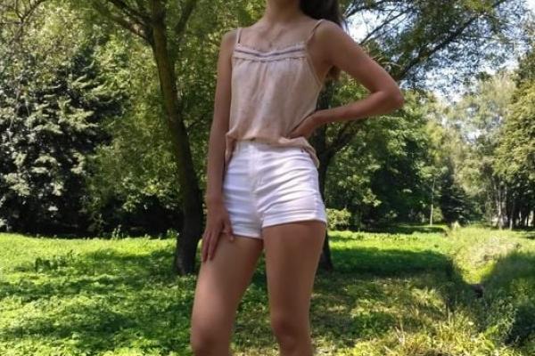 Вийшла на прогулянку, але не повернулася: у Тернополі розшукували 15-річну дівчину
