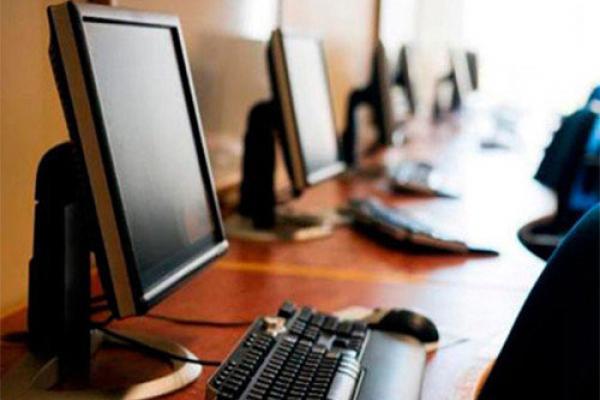 У Тернопільському «Карітасі» для дітей облаштували комп'ютерний клас