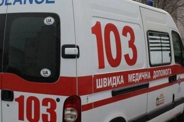Нещасний випадок у Тернополі: за життя чоловіка продовжують боротися медики