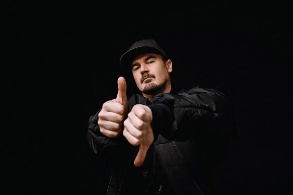 27 березня відсвяткував день народження лідер гурту ТНМК