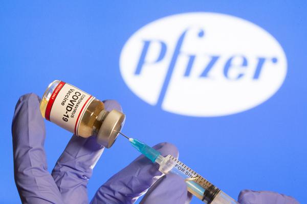 Україна отримає майже мільйон доз вакцини від Pfizer