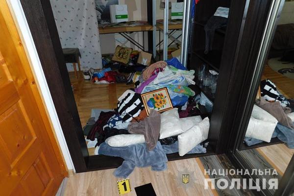 На Тернопільщині правоохоронці затримали квартирних злодіїв