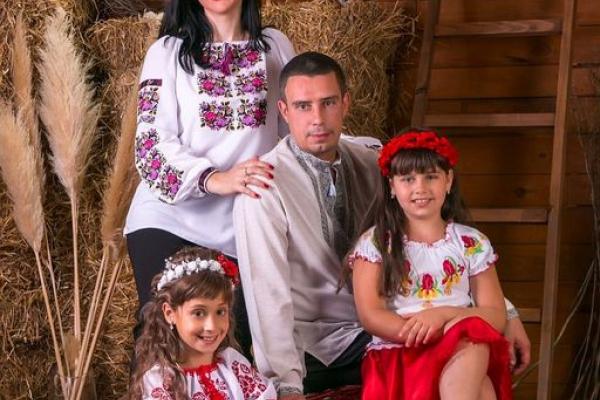 Сімейний Великдень: студія  «Дзеркало» запрошує на святкову фотосесію до Великодня