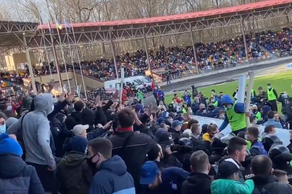 У Тернополі ультрас «Динамо» влаштували акцію проти Луческу (Відео)