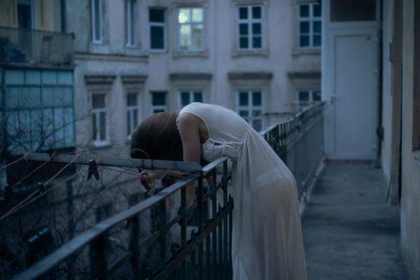 У Тернополі п'яна жінка намагалась покінчити з життям