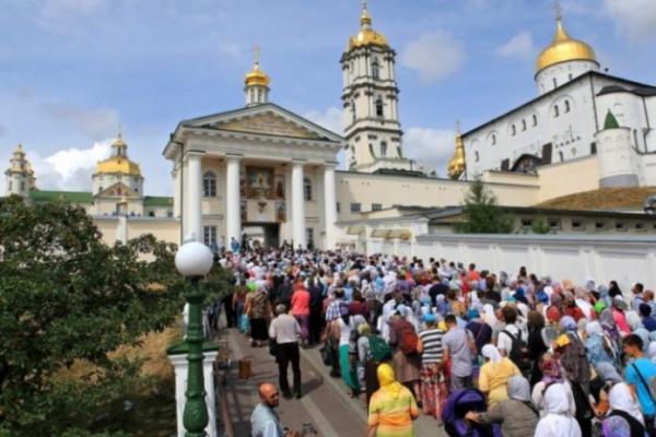 У Почаївській лаврі РПЦвУ виправдовують наступ російських військ псевдо пророцтвами святих