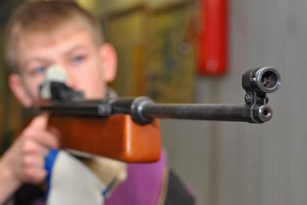 На Тернопільщині дитина прострелила собі у ногу гвинтівкою