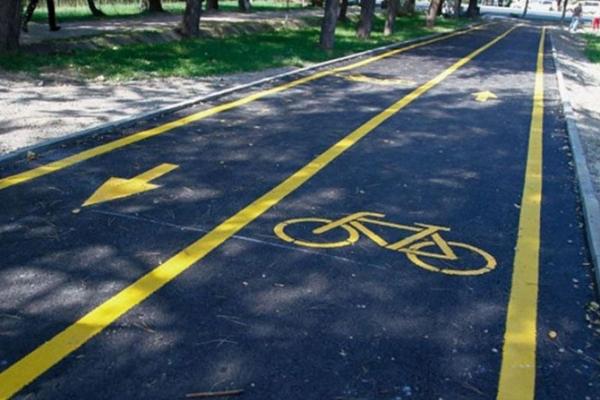 Облаштувати Тернопіль велодоріжками просять місцеві жителі