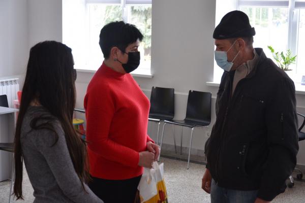 З нагоди Великодня: атовцям з Тернопільщини передали продуктові набори