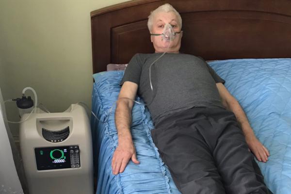 Жителям Тернопільщини надають у тимчасове користування кисневий концентратор