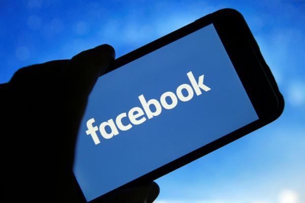 Facebook видалив мережу акаунтів, пов'язану зі «Слугою народу»
