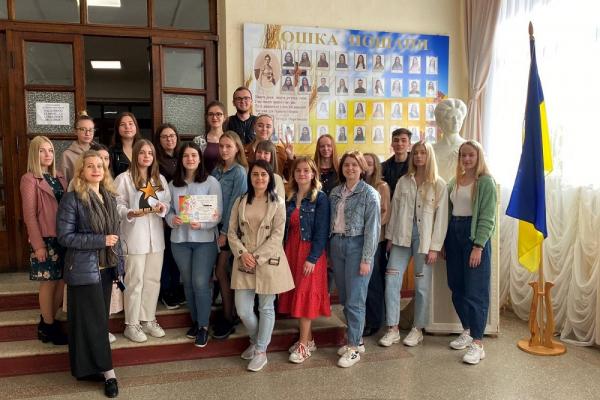 Студенти мистецького коледжу зачарували співом українського романсу журі конкурсу «Сім нот»