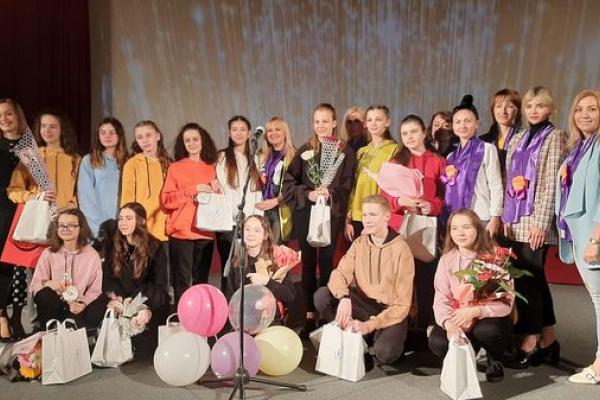 В Українському Домі «Перемога» відбулась прем'єра соціальної вистави «На межі»