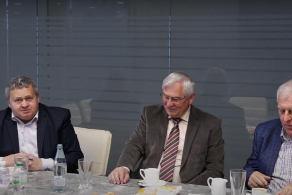 Гості з Німеччини та відвідали набільш успішні компанії регіону – ТзОВ «Бучачагрохлібпром» та ФГ «Гадз»