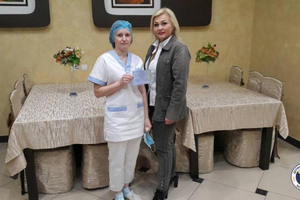 Кухарка із Тернопільщини отримала в Рівненському ЦПТО свідоцтво державного зразка