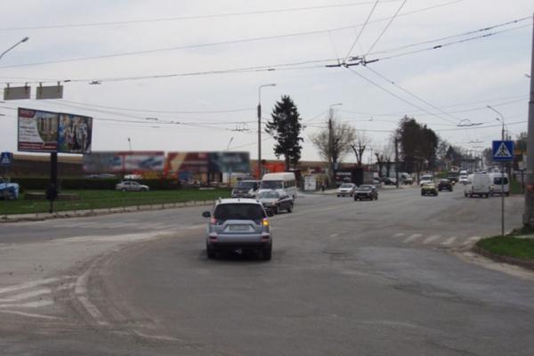 Від завтра у Тернополі буде частково обмежено рух автотранспорту