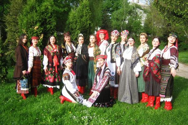 В Теребовлі, що на Тернопільщині цікаво провели День вишиванки