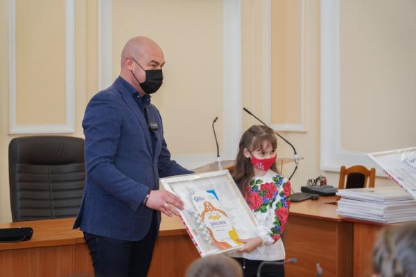 У Тернополі нагородили переможців благодійного конкурсу малюнків «Одужуй»