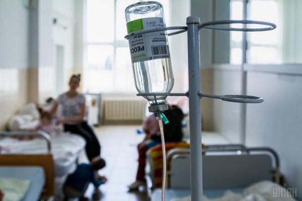 У тернопільських лікарнях перебуває 73 пацієнти хворих на COVID-19