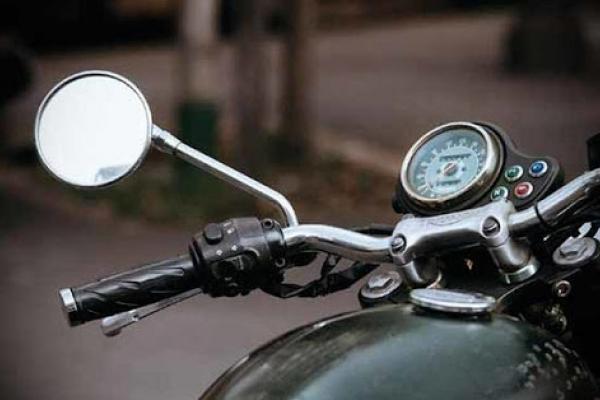 Вирішив протестувати роботу мотору: у тернополянина викрали дорогий мотоцикл