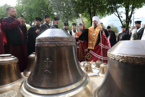 Сім'я голови облради Михайла Головка офірувала дзвін для собору Святих Рівноапостольних Костянтина і Єлени у Тернополі
