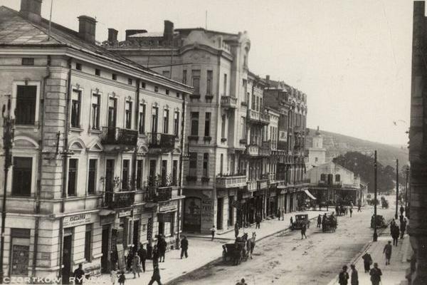 Місто Чортків на ретро панорамах