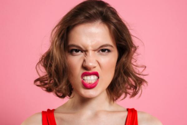 8 ознак того, що жінці не вистачає сексу