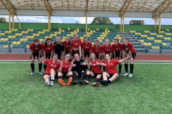 Дівоча збірна Тернопільщини виходить у лідери чемпіонату України
